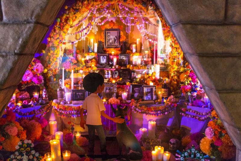 徹底解説】死者の日の全て教えます|メキシコ最大の祭典を楽しむためにこれだけ知っておけ! | メヒナビ