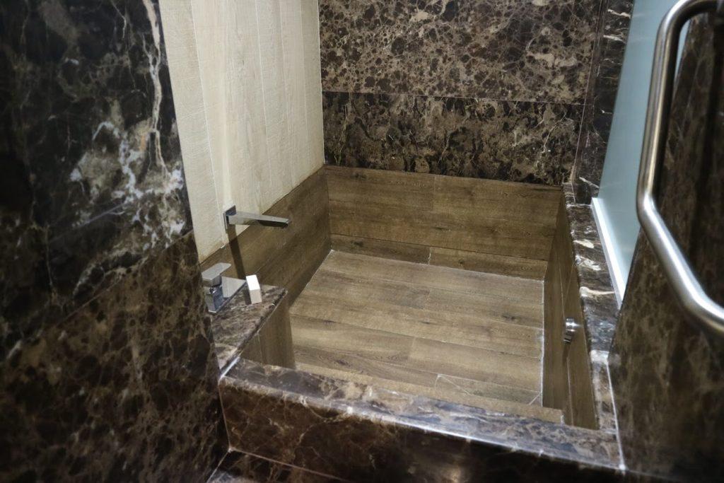 【感動】メキシコ・イラプアトに大浴場付きのホテル!|留学生がGalería Plaza に取材してきました!