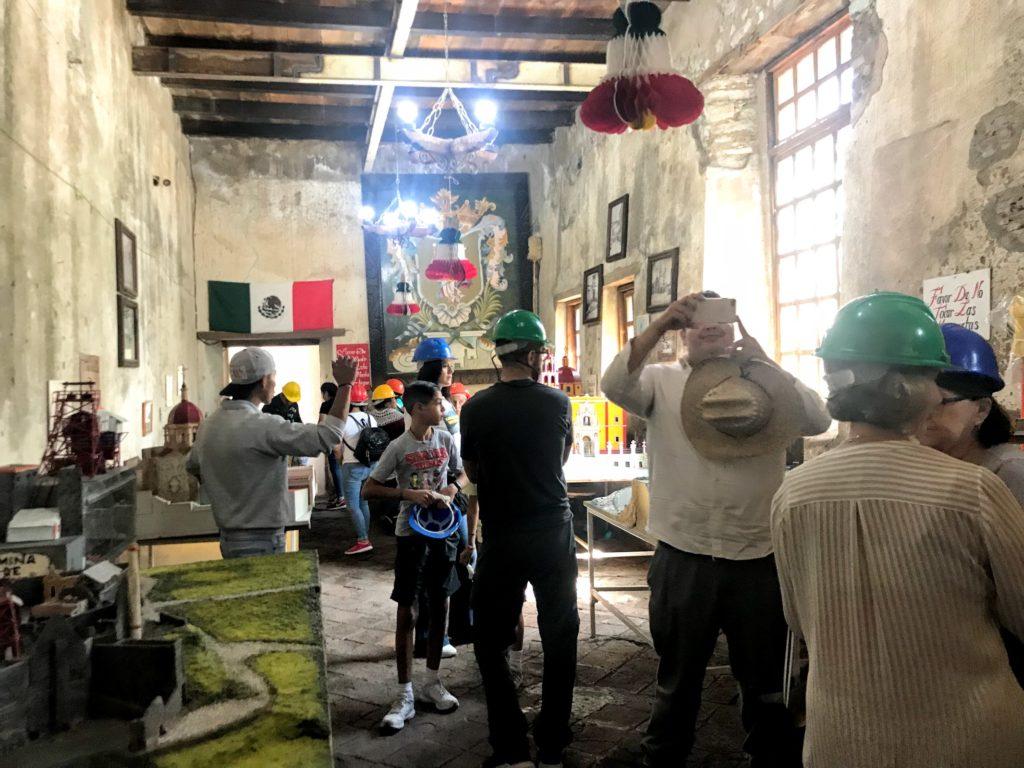 銀山の街のレプリカが並ぶ部屋