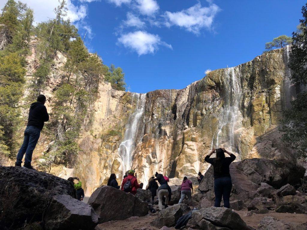 クサラレ滝